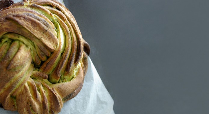 Twisted Matcha Bread_IMAGE_UNE